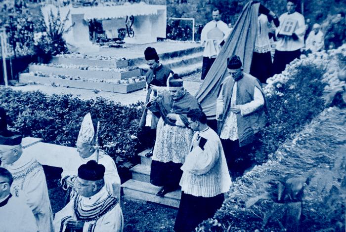 Jean XXIII, Cardinal Roncalli, cappa magna
